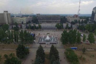 stydno-smotret-zaporozhczy-prosyat-gorodskuyu-vlast-privesti-v-poryadok-czentr-goroda.jpg