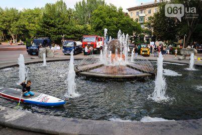 sup-u-fontani-i-vistavka-tehniki-yak-u-zaporizhzhi-projshov-art-piknik.jpg