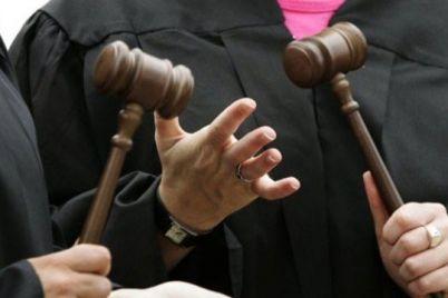 troe-pomoshhnikov-i-advokat-zelenskij-naznachil-4-novyh-sudi-dlya-zaporozhskoj-oblasti.jpg