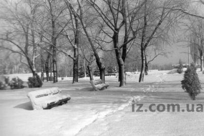trudno-poverit-56-let-nazad-zaporozhe-kajfovalo-v-glubokom-snegu.jpg