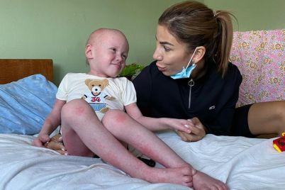 tyazheloe-dyhanie-problema-s-kozhej-i-atrofiya-myshcz-v-zaporozhskuyu-bolniczu-postupil-malysh-kotorogo-izuyali-u-mamy-foto-video.jpg