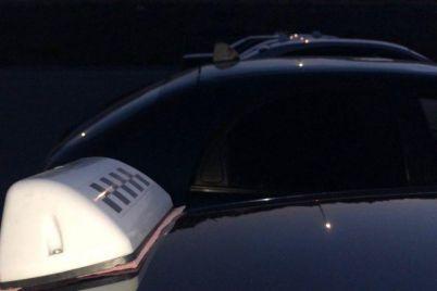 u-berdyansku-taksisti-vlashtuvali-avtoprobig-v-pamyat-pro-vbitogo-kolegu.jpg
