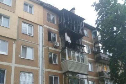 u-spalnomu-rajoni-zaporizhzhi-zagorilisya-balkoni-dvoh-kvartir-u-bagatopoverhivczi.jpg