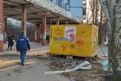 u-spalnomu-rajoni-zaporizhzhya-pribirayut-nezakonni-torgivelni-sporudi.jpg