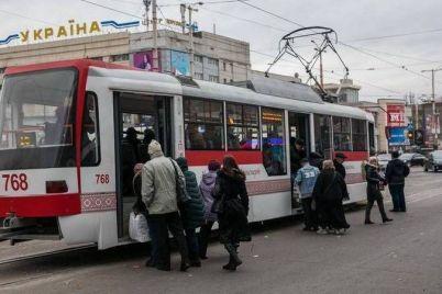 u-zaporizhzhi-na-3-dni-zminyat-ruh-odnogo-z-tramvajnih-marshrutiv.jpg