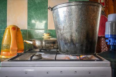 u-zaporizhzhi-na-dekilka-dniv-vidklyuchili-garyachu-vodu-adresi.jpg
