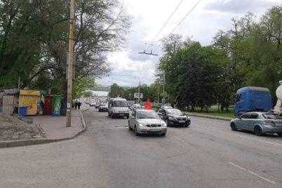 u-zaporizhzhi-prorosijska-organizacziya-provela-avtoprobig-z-chervonimi-praporami-foto.jpg