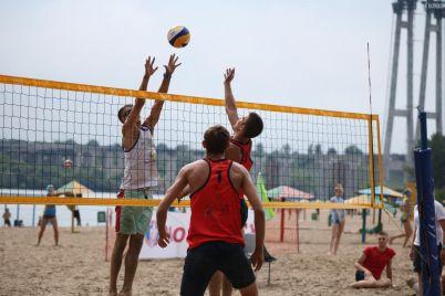 u-zaporizhzhi-rozpochavsya-chempionat-ukrad197ni-z-plyazhnogo-volejbolu.jpg