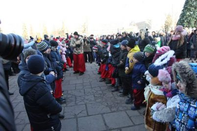 u-zaporizhzhi-svyatkuvali-kozaczke-rizdvo-foto.jpg