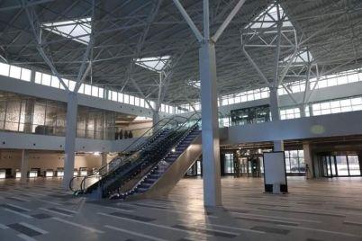 u-zaporizhzhi-zavershili-budivnicztvo-novogo-terminalu-aeroportu-yak-vin-viglyadad194-ta-koli-pochne-praczyuvati.jpg