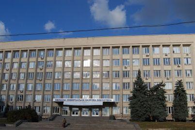 u-zaporizkij-oblasnij-biblioteczi-vidkrili-vistavku-studenta-liczeyu-zaliznichnogo-transportu.jpg