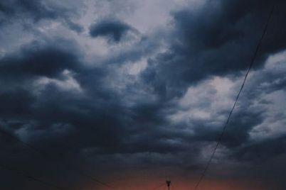 u-zaporizkij-oblasti-uragan-zalishiv-bez-dahu-shkolu-ta-bagatopoverhivki.jpg