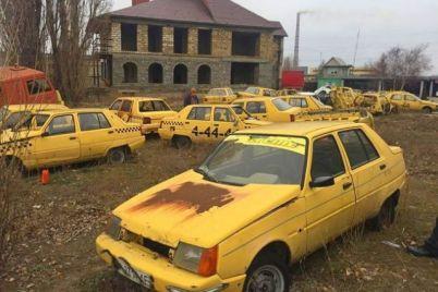 u-zaporizkij-oblasti-viyavili-svod194-vlasne-kladovishhe-tehniki.jpg