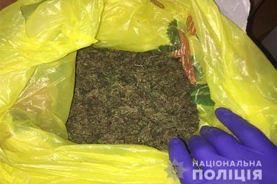 u-zhitelniczy-zaporozhya-v-kvartire-nashli-narkotiki.jpg