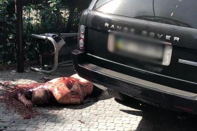 ubijstvo-kriminalnogo-avtoriteta-v-zaporozhe-poyavilas-zapis-s-kamer-videonablyudeniya-foto-video-18.jpg