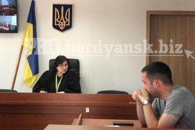 ubijstvo-taksista-v-zaporozhskoj-oblasti-sostoyalos-zasedanie-suda-foto-video.jpg