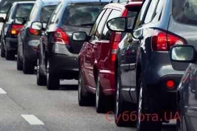 utro-v-zaporozhe-nachalos-s-ogromnyh-probok-na-mostah-fotofakt.jpg