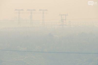 v-atmosfernom-vozduhe-zaporozhya-zafiksirovali-prevyshenie-po-soderzhaniyu-zagryaznyayushhih-veshhestv.jpg