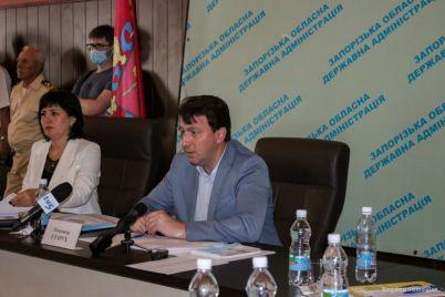 v-berdyanske-sostoyalos-vyezdnoe-zasedanie-kollegii-oga-kotoroe-nachalas-s-obsuzhdeniya-aktualnyh-ekologicheskih-problem.jpg