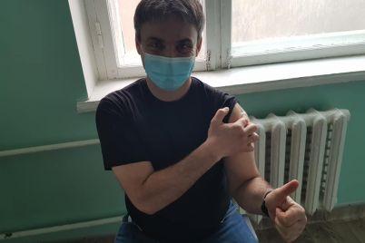 v-berdyanske-startovala-vakczinacziya-ot-koronavirusa.jpg