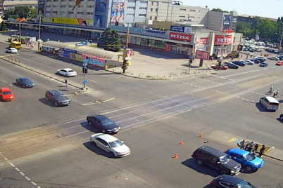 v-czentre-zaporozhya-proizoshlo-dorozhno-transportnoe-proisshestvie-foto.png