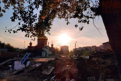 v-czentre-zaporozhya-snesli-hram-posle-vzryva-foto.jpg