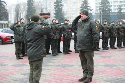 v-czentre-zaporozhya-sobralis-voiny-naczgvardii-foto.jpg
