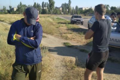 v-den-tishiny-zaderzhali-mashinu-so-stopkami-chernoj-agitaczii-protiv-opponentov-video.png