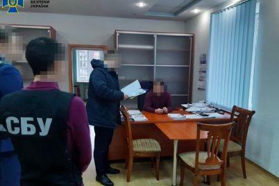 v-departamente-zhkh-zaporozhya-proveli-obyski-iz-za-remonta-domov.jpg