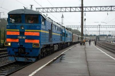 v-dtp-s-poezdom-pod-chernigovkoj-postradal-voditel-gruzovika-iz-odesskoj-oblasti.jpg