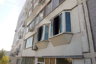 v-energodarskij-bagatopoverhivczi-spalahnula-pozhezha.jpg