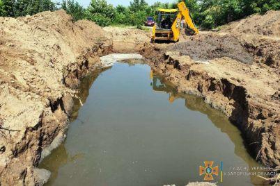 v-gorode-zaporozhskoj-oblasti-iz-za-avarii-na-kollektore-lyudi-na-neskolko-dnej-ostalis-bez-vody.jpg
