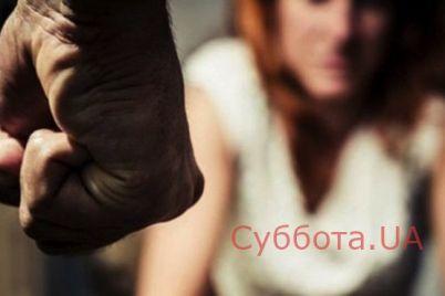 v-harkove-devushka-soobshhila-v-policziyu-o-tom-chto-ee-iznasilovali-troe-muzhchin.jpg