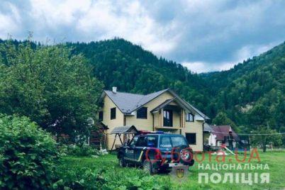 v-ivano-frankovskoj-oblasti-posle-iznasilovaniya-umerla-zhenshhina-foto.jpg