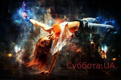 v-kievskom-metro-devushka-nasmeshila-passazhirov-video.jpg