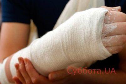 v-kirillovke-muzhchina-slomal-svoej-zhene-ruku.jpg