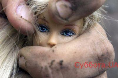 v-nikolaevskoj-oblasti-maloletnyaya-devochka-zaberemenela-ot-otchima.jpg