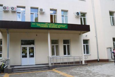 v-odnom-iz-spalnyh-rajonov-zaporozhya-detej-lechat-v-obnovlennyh-ambulatoriyah.jpg