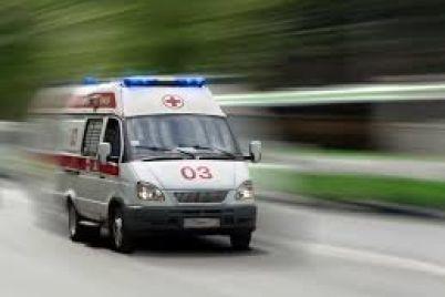 v-policzii-rasskazali-pochemu-na-zaporozhskoj-trasse-perevernulsya-avtomobil-skoroj-pomoshhi.jpg