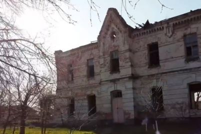 v-sele-zaporozhskoj-oblasti-sohranilos-unikalnoe-zdanie-usadby-xix-veka-video.jpg