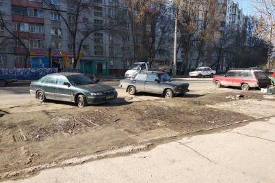 v-spalnom-rajone-zaporozhya-priveli-v-poryadok-territoriyu-vozle-rynka.jpg