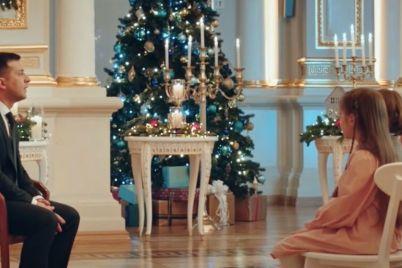 v-svoem-novogodnem-pozdravlenii-zelenskij-upomyanul-stroitelstvo-zaporozhskih-mostov.jpg