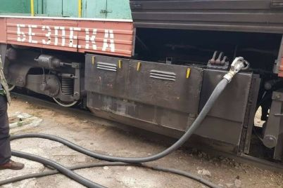v-ukrzalizniczi-pridumali-kak-borotsya-s-vorovstvom-topliva-na-baze-zaporozhskogo-depo-zapustyat-pilotnyj-proekt-zapravki-lokomotivov.jpg