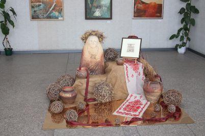 v-zaporizhzhi-vidbulas-zvitna-vistavka-tvoriv-pleneru-horticzya-kriz-viki.jpg