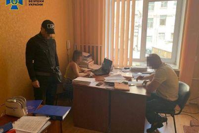 v-zaporizkij-oblasti-namagalisya-nagritisya-na-zasivi-ta-obrobczi-zemli.jpg
