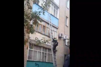 v-zaporizkij-oblasti-u-vlasnij-kvartiri-pomer-pensioner.jpg