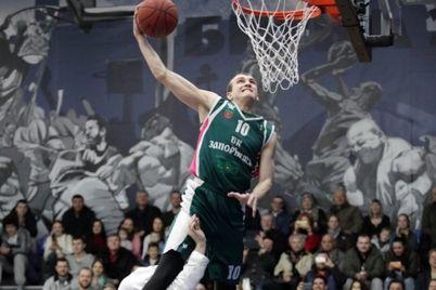 v-zaporozhe-basketbolist-vpal-v-komu-posle-padeniya-s-velosipeda-nuzhna-pomoshh.jpg
