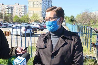 v-zaporozhe-demontirovali-nezakonnuyu-avtoparkovku-foto.jpg