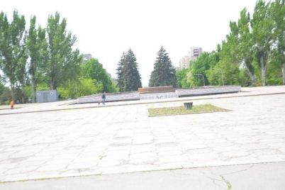 v-zaporozhe-do-koncza-goda-planiruyut-startovat-s-rekonstrukcziej-ploshhadi-festivalnoj-zdes-budet-vyryt-kotlovan.jpg