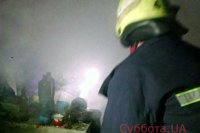 v-zaporozhe-gorel-avtomobilnyj-garazh-podrobnosti-foto.jpg